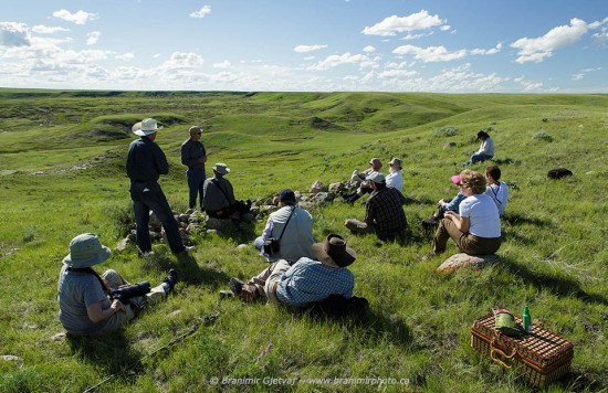 Atwood & Gibson tour - Wes Olson talks about bison in Grasslands NP